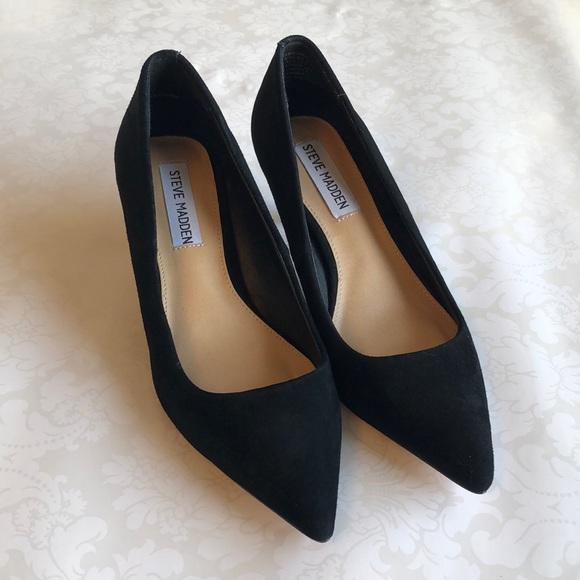 NWOT Steve Madden Black Suede High Heels Size 5.5